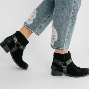 Anthropologie Seychelles Charming Suede Booties